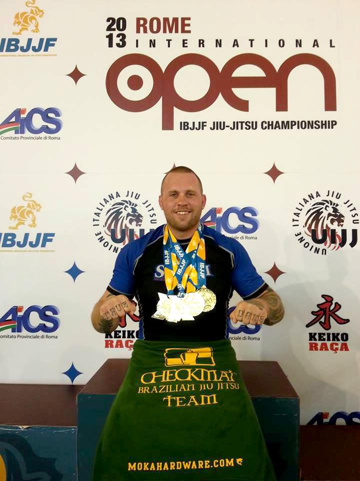 Nick vinder 4 guld i Rom